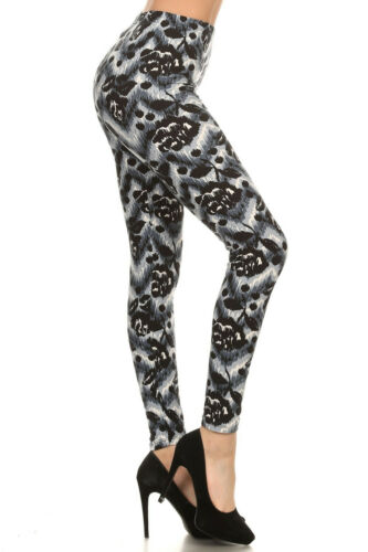 OS Wild Black Roses One Size Amazing Buttery Soft Woman's Leggings