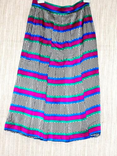 Lloyd Williams Vintage Multi Color  Silk Pleated V