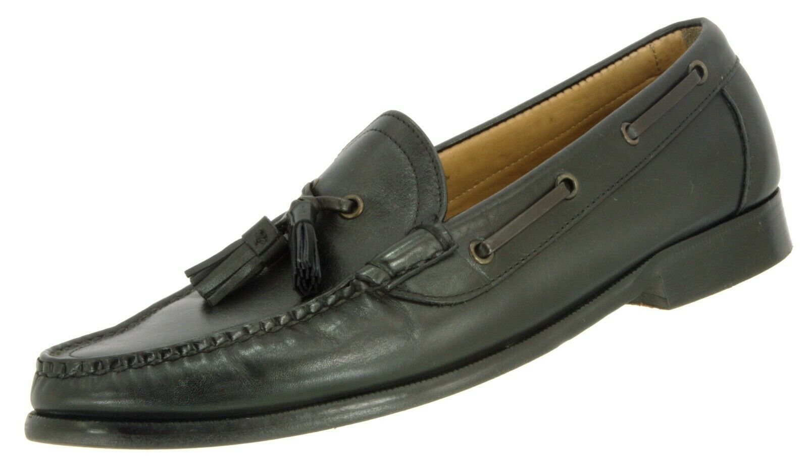MOC Loafer Pre Owned 1047