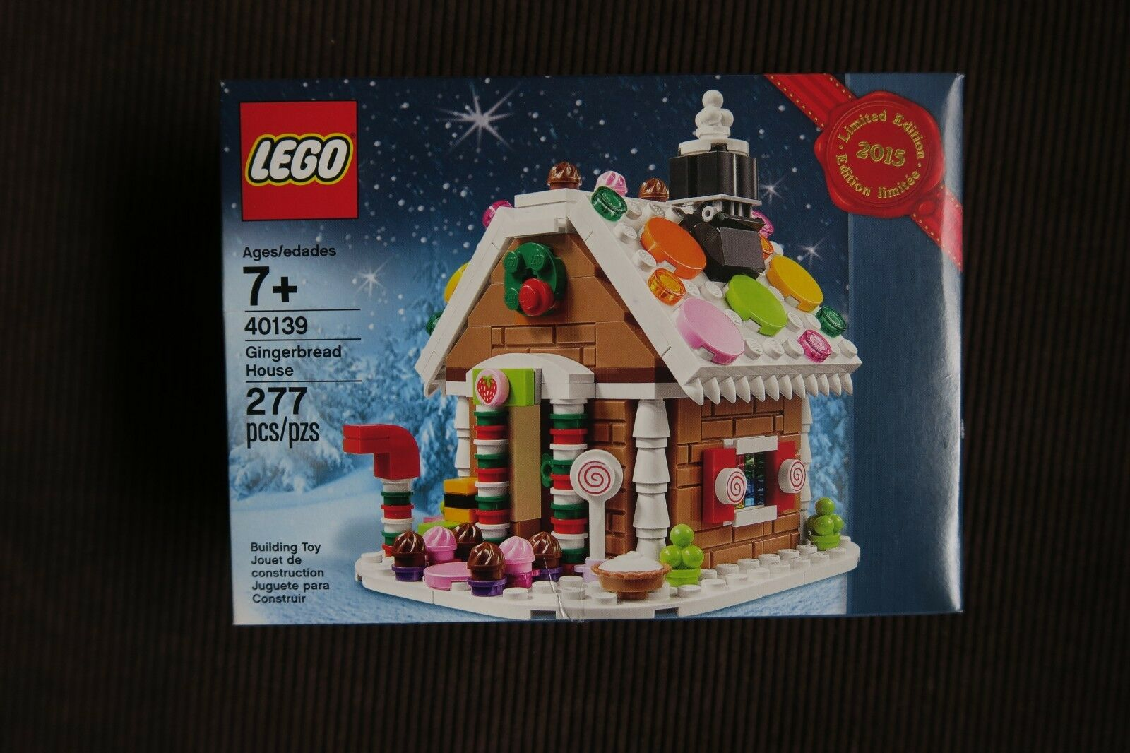 New In Box - LEGO Holiday Gingerbread House (40139) - Christmas 2015 Promotion