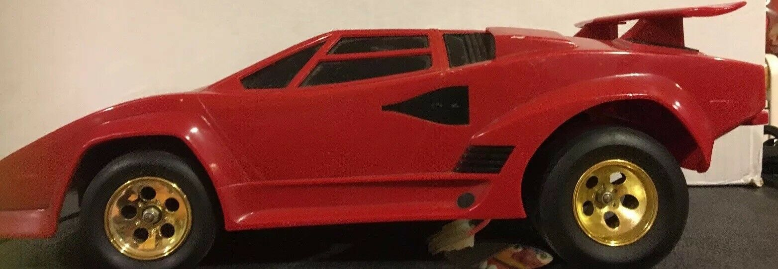 Vintage Shinsei Lamborghini Radio Control Car RC Countach 5000s 1 12 Scale 1980