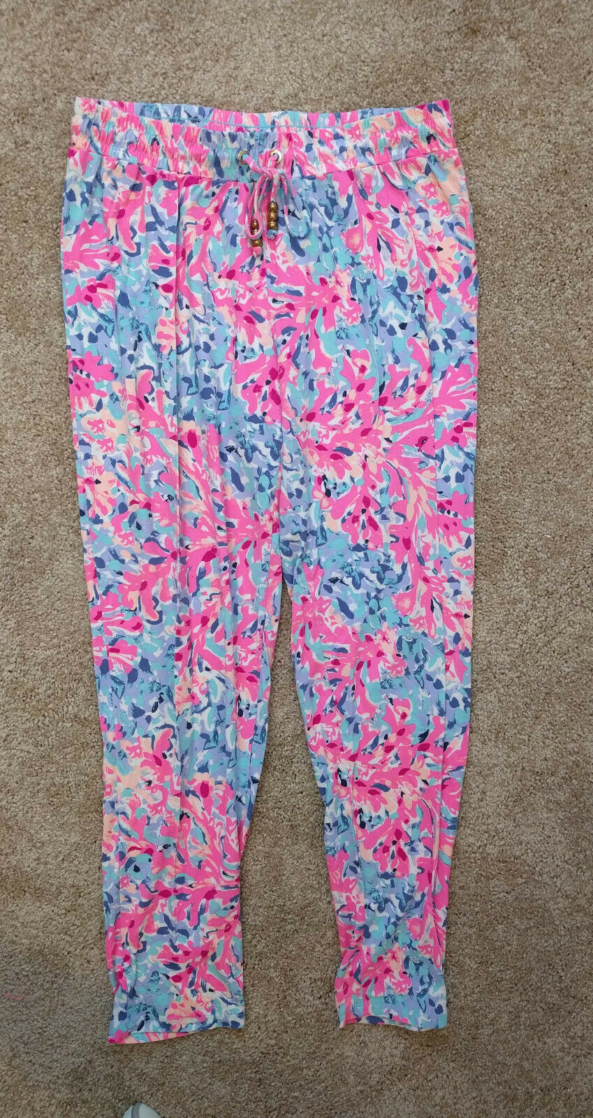 Lilly Pulitzer Coco Coral Crab Lola Pants Lounge Pull On Slim Comfy Größe Small