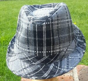 Checked-black-and-grey-trilby-Brand-new-with-tags-Size-57-5-cm-head-size