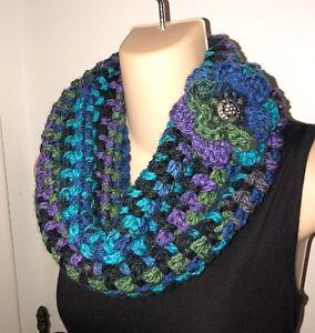 Crochet-Scarf-Infinity-Cowl-New-Handmade-Knit-Flower-Pin-Chunky-Peacock