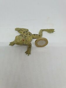 """1930's Britains 3 1/2"""" lead frog ornament for garden pond (solid version)"""