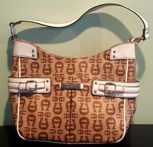 Pre-Owned-Women-s-Tan-amp-Brown-Etienne-Aigner-Logo-35971-Hand-Bag