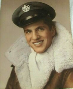 1950 Color Photo Military Pilot Shearling Bomber Jacket Movie Star Good Looks