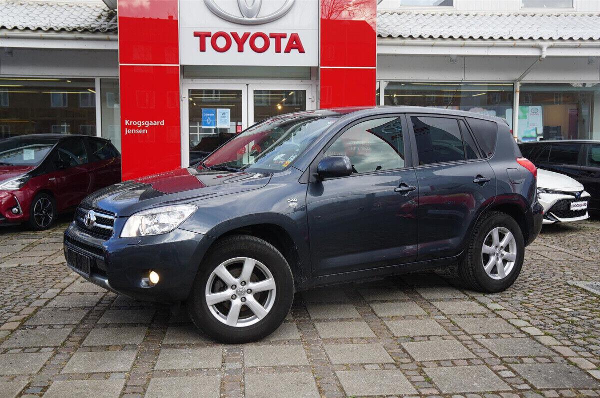 Toyota RAV4 2,2 D-4D 136 Cross Sport 4x4 5d - 76.800 kr.