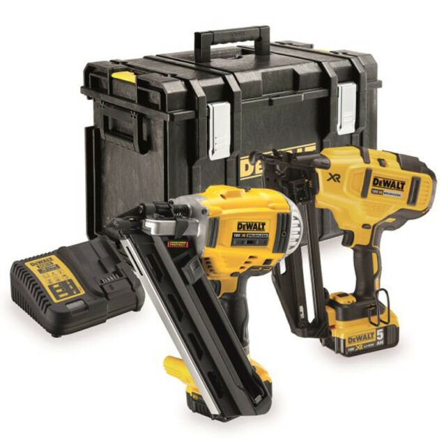 Dewalt twin pack deals foldable shower chair with arms