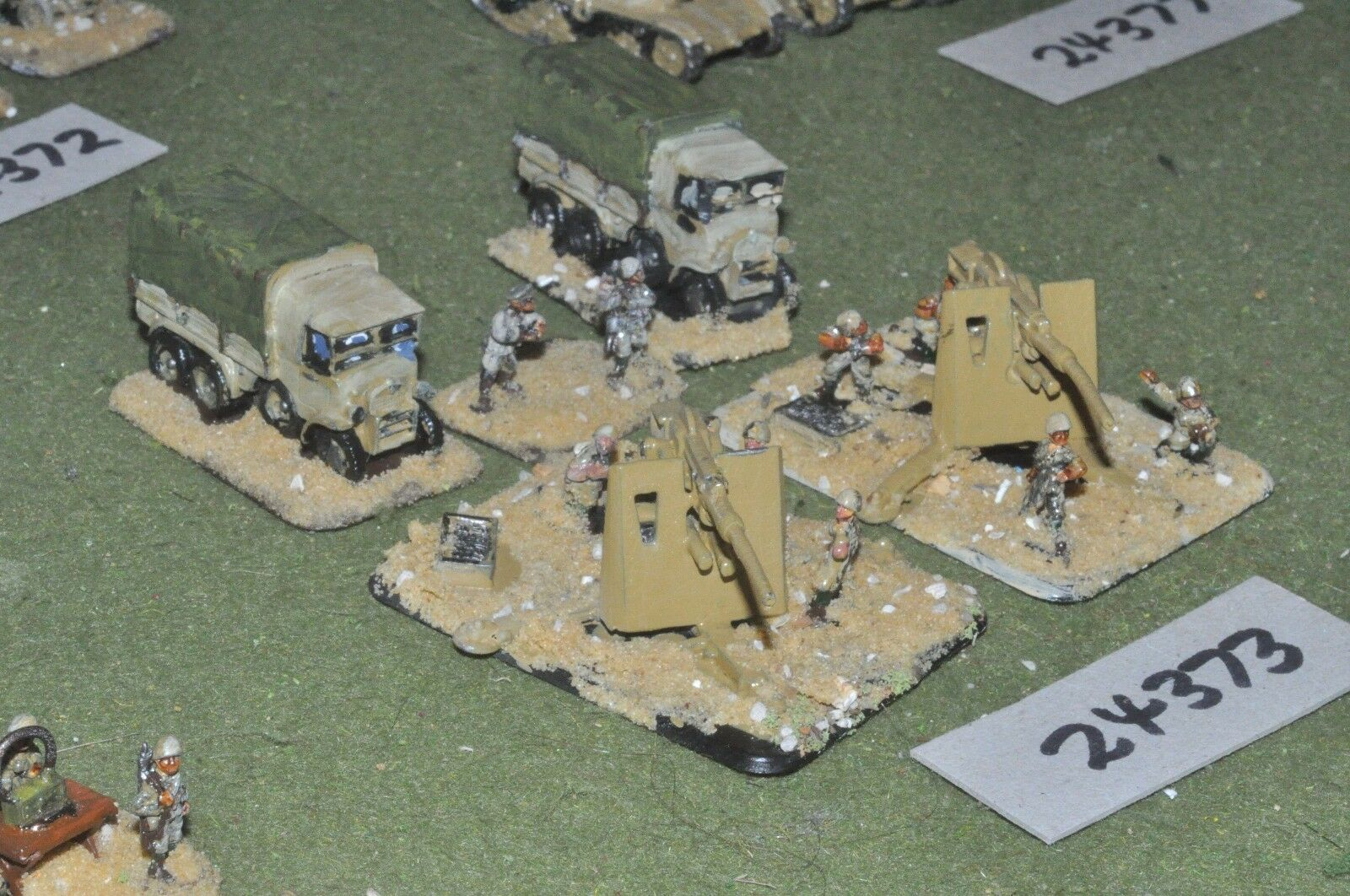 15mm WW2   italian - 2 guns & tows - art (24373)