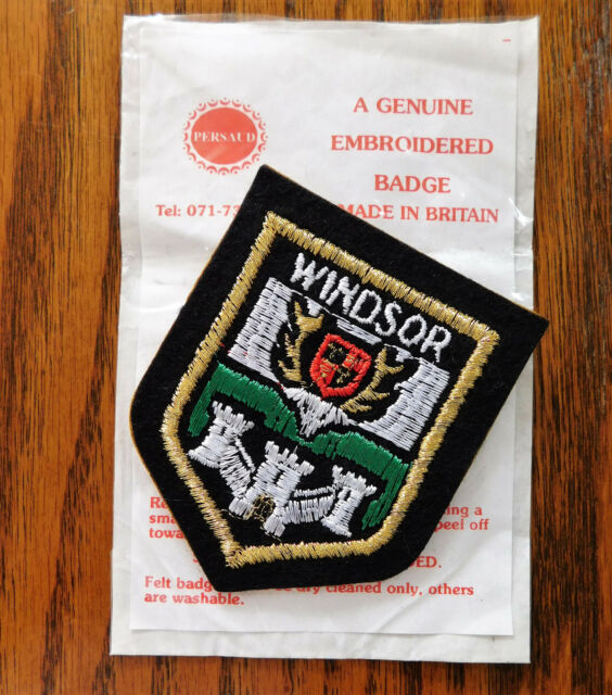 Windsor patch badge coat of arms Berkshire town Royal castle stag England NEW