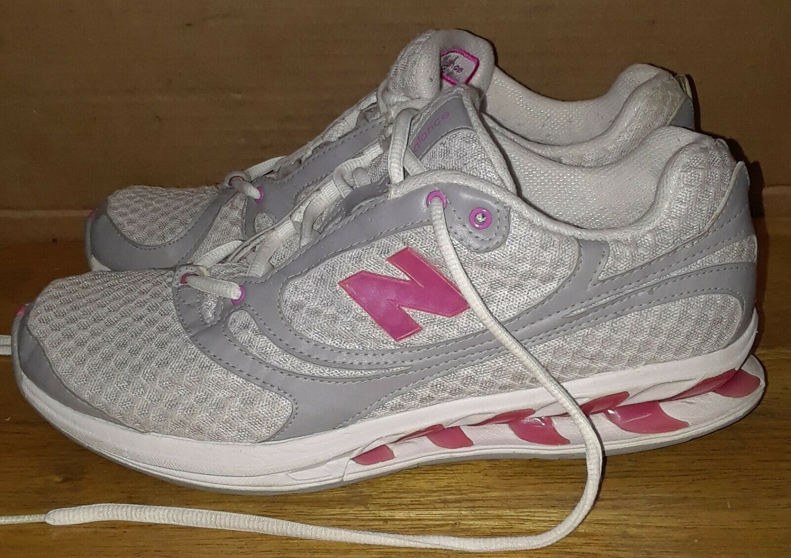 New Balance Womens Pink White Toning Collection Style WW850GP Size 10