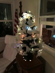 WHITE POINSETTIA FIBER OPTIC TREE CHANGES COLORS 32 IN VERY RARE