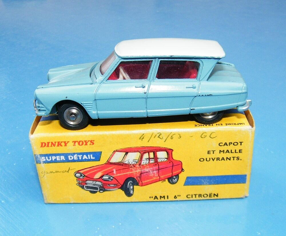 French Dinky Toys 557  AMI 6  Citroen Light bluee White Original EX+  Rare