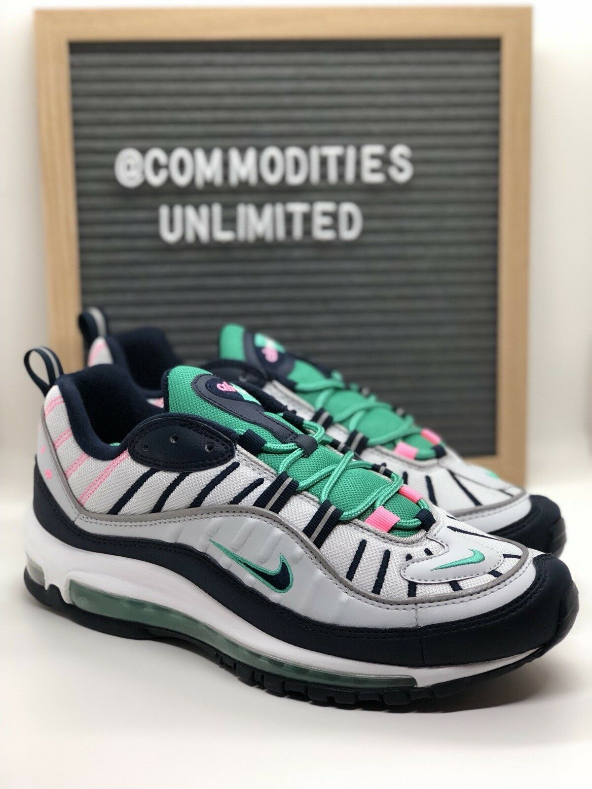 Nike AIR MAX 98 (640744 005) Men's Sneakers Size 8.5 South Beach / Tidal Wave