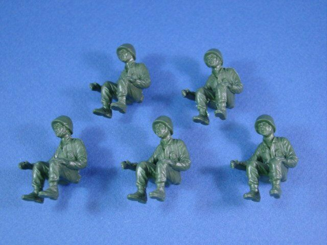 MARX Battleground Soldiers 5 Seated US Army GI Tank Truck Riders Drivers RECAST