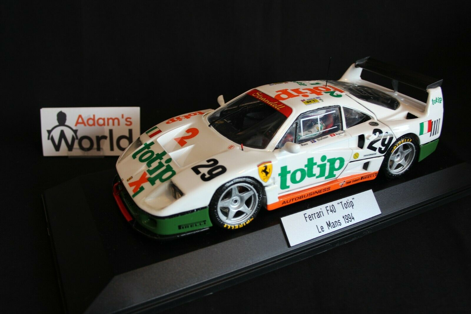Bburago transkit Ferrari F40 GTE 1 18  29 24h Le Mans 1994 + figurine (PJBB)
