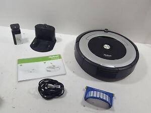 iRobot-Roomba-690-Robot-Vacuum