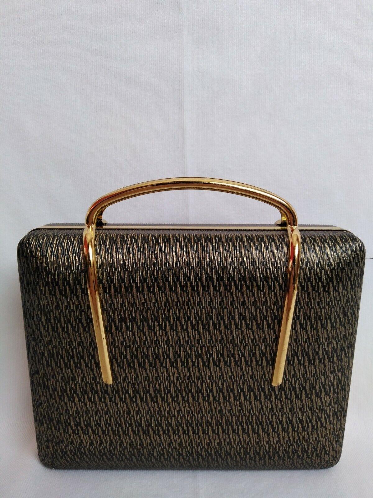 Clutch, bolso o cartera dorado años 50