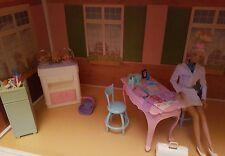 Mattel doctor Barbie Doll Happy Family families bundle playset great fun