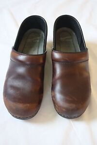 Dansko-Brown-Classic-Professional-Stapled-Leather-Clogs-Size-38-US-7-5-8