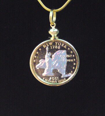 Massachusetts Holographic Pendant & Necklace Gold Plated