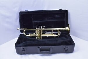 Conn-23B-Bb-Trumpet-with-Case-and-mouthpiece-SN995748