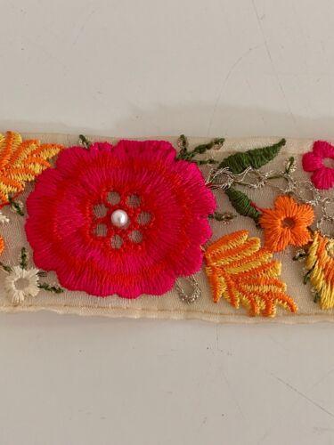INDIANA Blu Verde Rosa a fiori in rilievo Embroided tessuto fine trim//Lace 1MTR