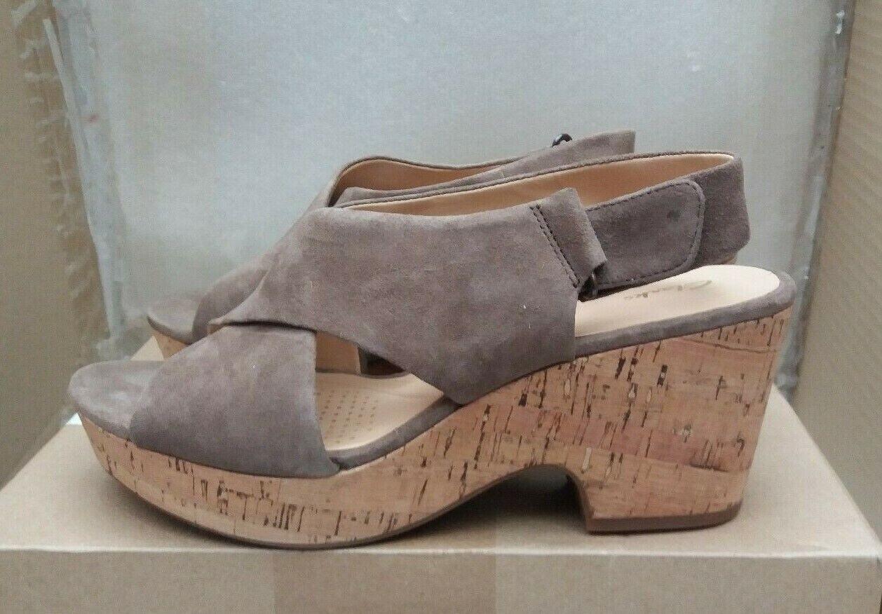 Clarks  Maritsa Lara  Wedge Sandals - Olive Suede - UK 6 EU 39.5