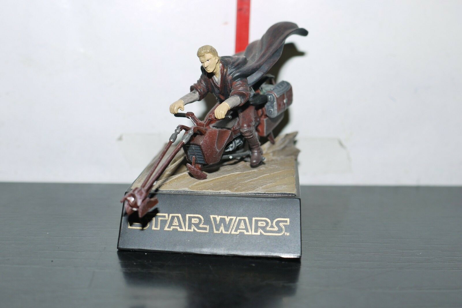 2004 ANAKIN SKYWALKER SPEEDER BIKE MINI FIGURE Diorama Tomy Star Wars