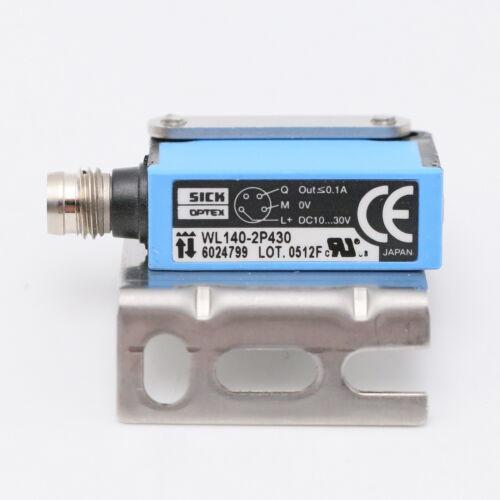 Sick WL140-2P430 Reflexlichtschranke mit Halter