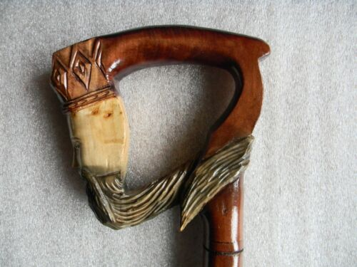 KING Hutsul Gorgeous Art Hand Carved Crafted Oak Wooden Walking Stick Cane