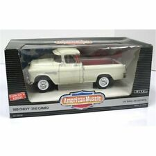 1:18 Ertl American Muscle White Chevrolet 1955 Chevy 3100 Cameo Pickup Truck