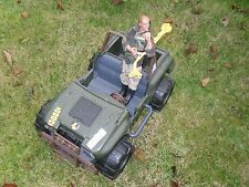 226) ACTION MAN AND JEEP 1993 HASBRO 1027 NEWPART AVENUE