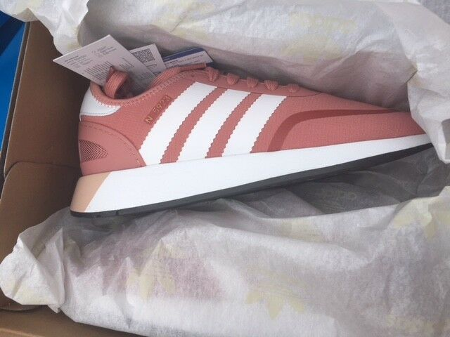 Schuhe! Adidas! Name! Hilfe! <3 (Farbe, Suche, Sommer)