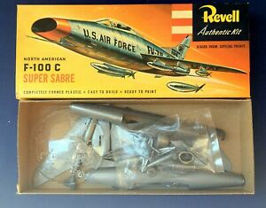 ORIGINAL-REVELL-1956-F-100C-SUPER-SABRE-S-KIT-IN-NEAR-MINT-CONDITION