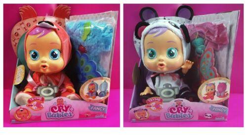 Imc Toys Bambola Cry Babies Pandy o Fancy con Extra Pigiama e Farfalla