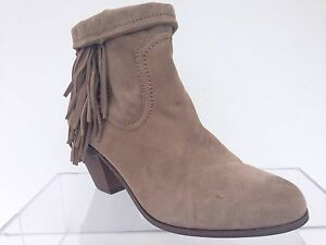 cc5f000b78e39 Image is loading SAM-EDELMAN-039-Louie-039-Fringed-Western-Ankle-