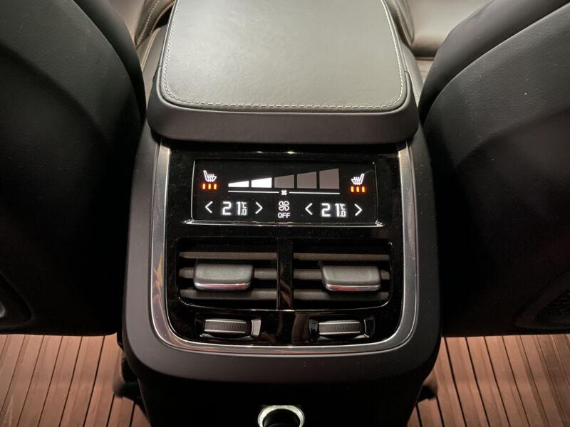 Car11