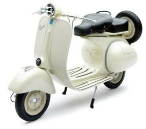 Die-Cast-Model-1-6-Vespa-150VL-1T-1955-BEG-Finished-Model-NEW-RAY-Japan-Tracking