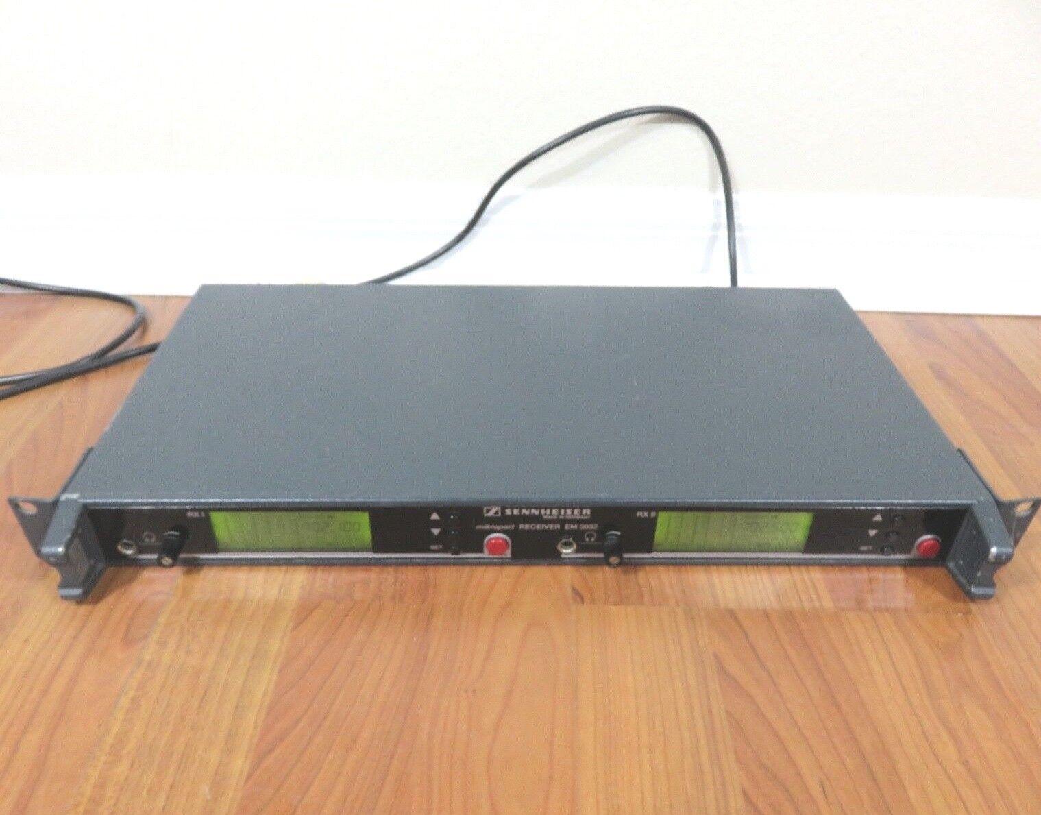 Sennheiser EM3032-U Mikroport Receiver Freq. Range 702,000-726,000 MHz