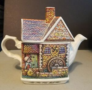 Sadler-The-Old-Mill-Teapot-Collectible-English-Cottage-Teapot