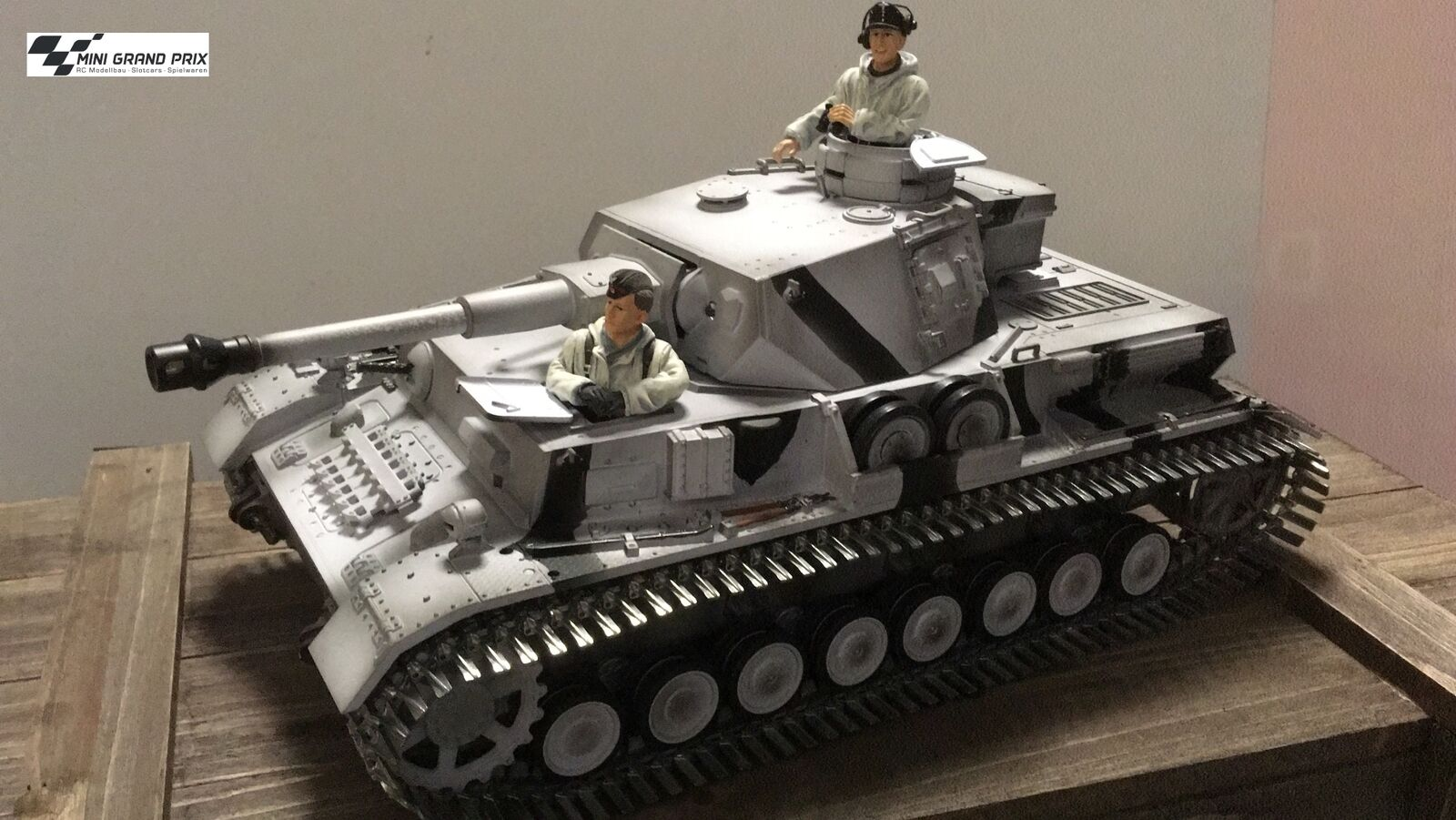 TORRO 1 16 RC Tank 4 Version G wintertarn ir-battle 1110385906 +2 Figures