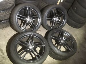 Audi-R8-original-Winterraeder-Dunlop-295-30-235-35-R19-in-schwarzmetallic-1160