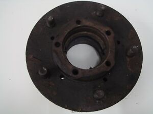 Used-Classic-Range-Rover-Wheel-Hubs-FRC5927-Up-to-June-1985-inclusive