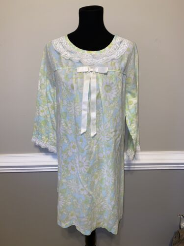 Vintage Schrank Long Sleeve  Nightgown Long Floral
