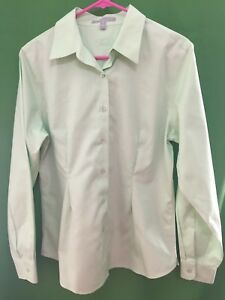 93b7308c1 8368) FOXCROFT 10 green print button down shirt Wrinkle Free Shaped ...