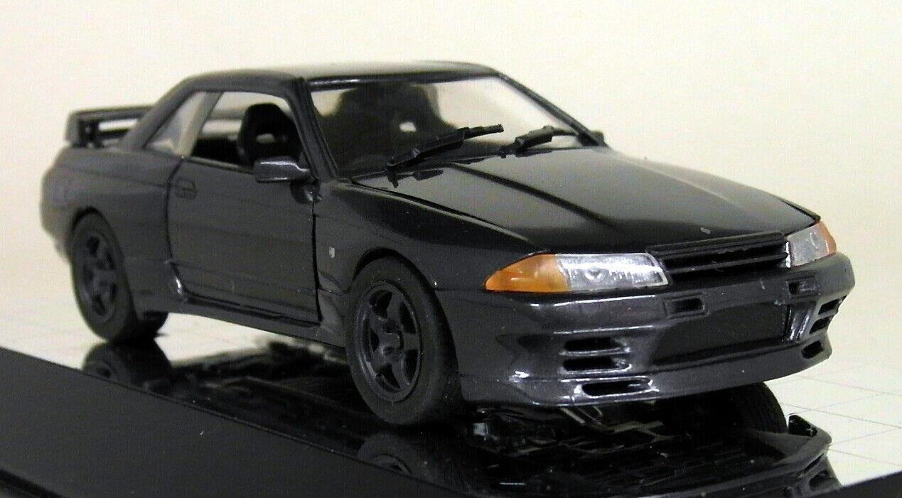 red 1 43 Scale - 01002 Nismo Nissan Skyline GT-R BNR32 Grey model Car
