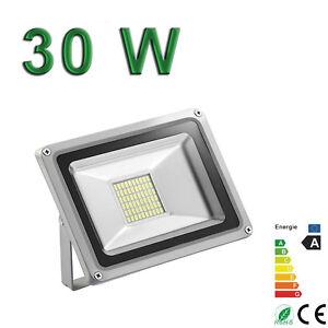 Projecteur Exterieur LED 30W blanc froid 220V IP65 Sans Detecteur Extra plat - France - État : Neuf: Objet neuf et intact, n'ayant jamais servi, non ouvert, vendu dans son emballage d'origine (lorsqu'il y en a un). L'emballage doit tre le mme que celui de l'objet vendu en magasin, sauf si l'objet a été emballé par le fabricant d - France