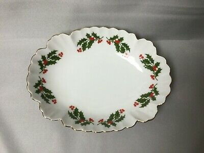 Vintage Holly Berry Trinket Box Made in Japan Covered Ring Dish with Lid